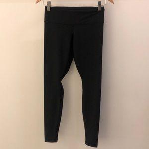 Lululemon black shiny legging, sz 4, 68854